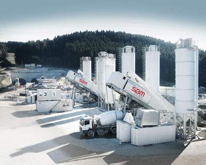 Express road S10 and tunnel Götschka in Austria: mobile concrete supply by SBM