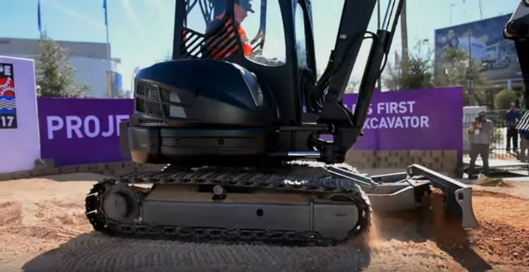 World's First 3D Printed Excavator Unveiling Kicks Off CONEXPO-CON/AGG & IFPE 2017