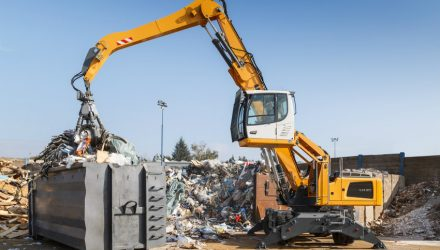 Liebherr to Present its Latest Construction Machinery in Finland at the 2017 Maxpo