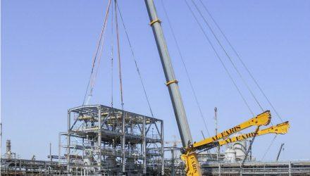 Al Faris places major order for 25 Liebherr mobile cranes