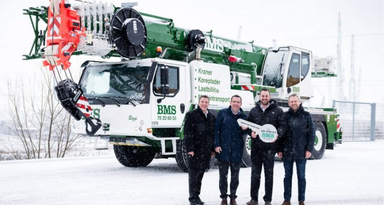 BMS takes delivery of first Liebherr LTM 1090-4.2 mobile crane