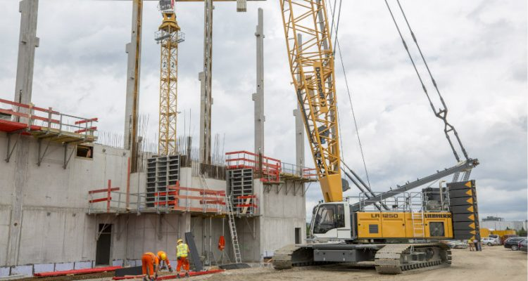 A Further LR 1250 Enhances Crane Fleet and Convinces During Works Expansion