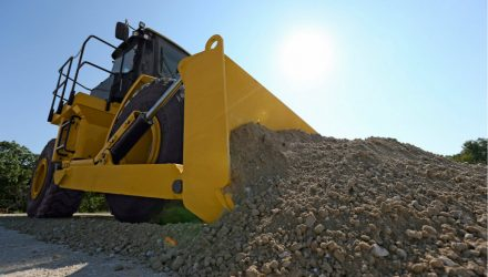 The new Cat 814K wheel dozer delivers operating comfort