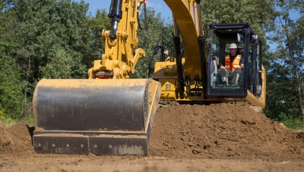 Cat® GRADE with ASSIST Makes Accurate Grading Fast & Easy