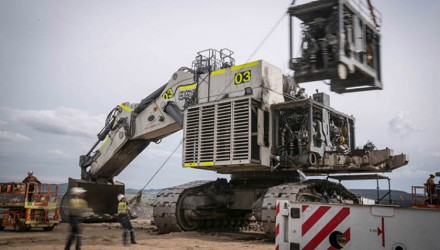 First repowered R 996 B mining excavator in the Hunter Valley