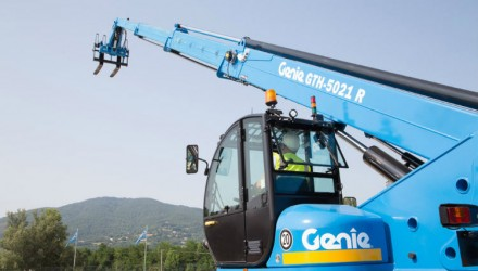 Genie helps to provide shelter to earthquake victims, Italy