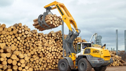 Liebherr presents the robust L 580 LogHandler XPower