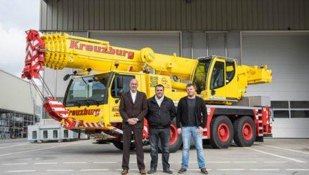 Autohaus Kreuzburg GmbH takes delivery of Liebherr LTM 1060-3.1 mobile crane