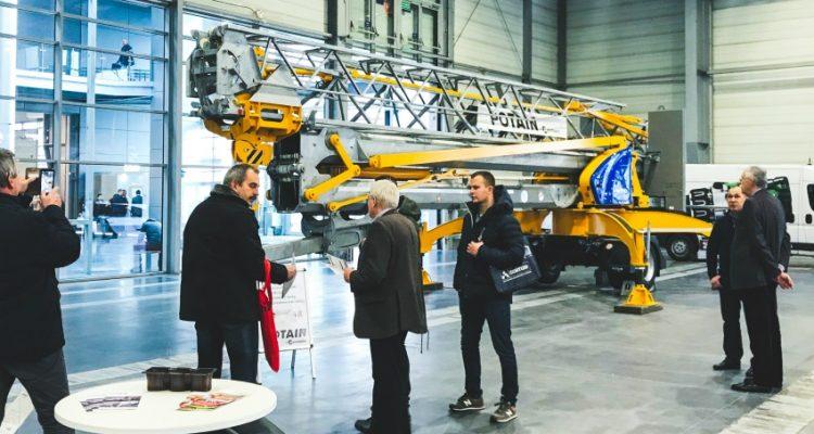 Manitowoc showcases two Potain self-erecting cranes at Intermasz 2018