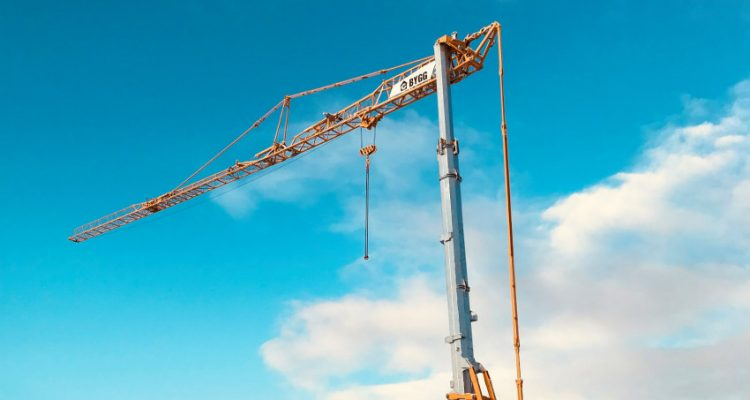 First Potain Hup 32-27 self-erecting crane delivered in Iceland