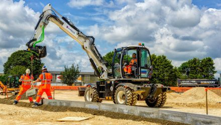 Visibility and versatility stand out on 'fantastic' JCB Hydradig