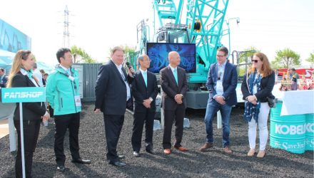 Kobelco Ceremony marks handover of new Kobelco CKE900G-2 to UK's Q Crane & Plant Hire