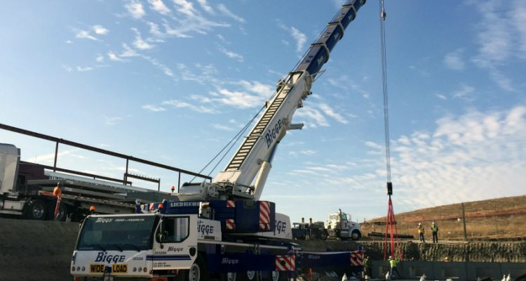 Bigge purchases the last manufactured Liebherr LTM 1220-5.2 cranes