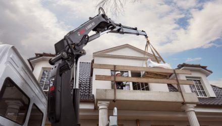 Hiab renews its light range loader cranes portfolio