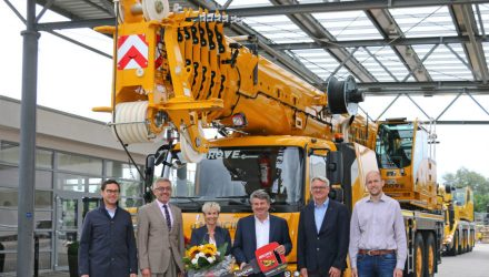 Manitowoc delivers landmark Grove GMK4100L-1 with serial number 100 at special ceremony