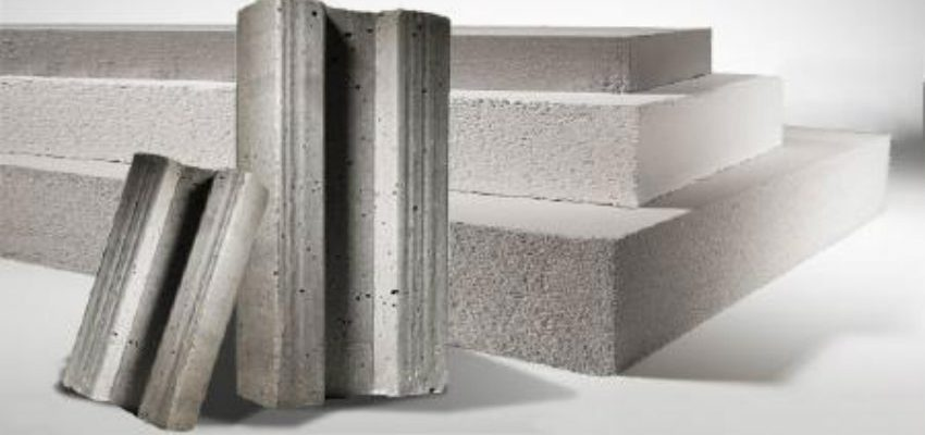 Refractory materials with Poraver expanded glass
