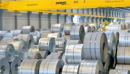 Twelve Demag cranes double capacity in the new Stahlo production building