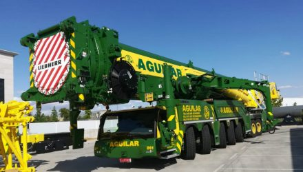 Gruas Aguilar acquires seven new Liebherr cranes