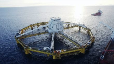 Continental's closed conveyor belt system to transport fish feed