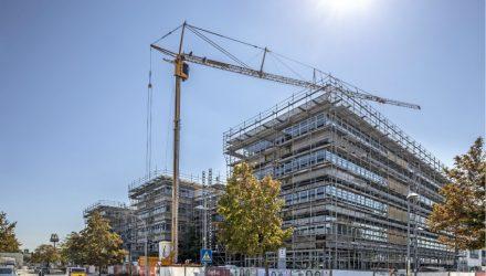 Liebherr mobile construction cranes tackle building retrofit