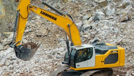 New generation of crawler excavators from Liebherr: R 934