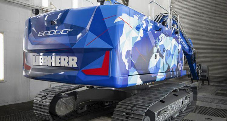 The 60,000th crawler excavator by Liebherr-France SAS in Colmar