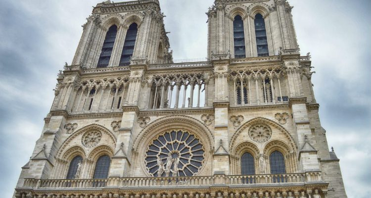 Manitowoc pledges to help reconstruct Notre-Dame