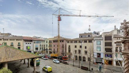 First Liebherr MK 88 mobile construction crane reaches Spain