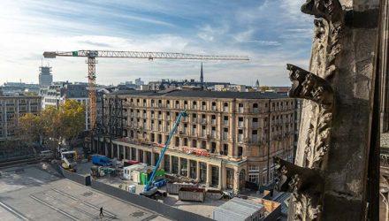 Tough demolition job on historic Dom-Hotel, Cologne, Germany