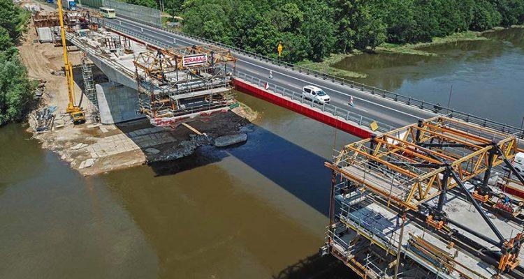 ULMA's CVS Carriage in the construction of Bridge in Poland