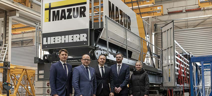 The first ever Liebherr tower crane with fibre rope for Poland